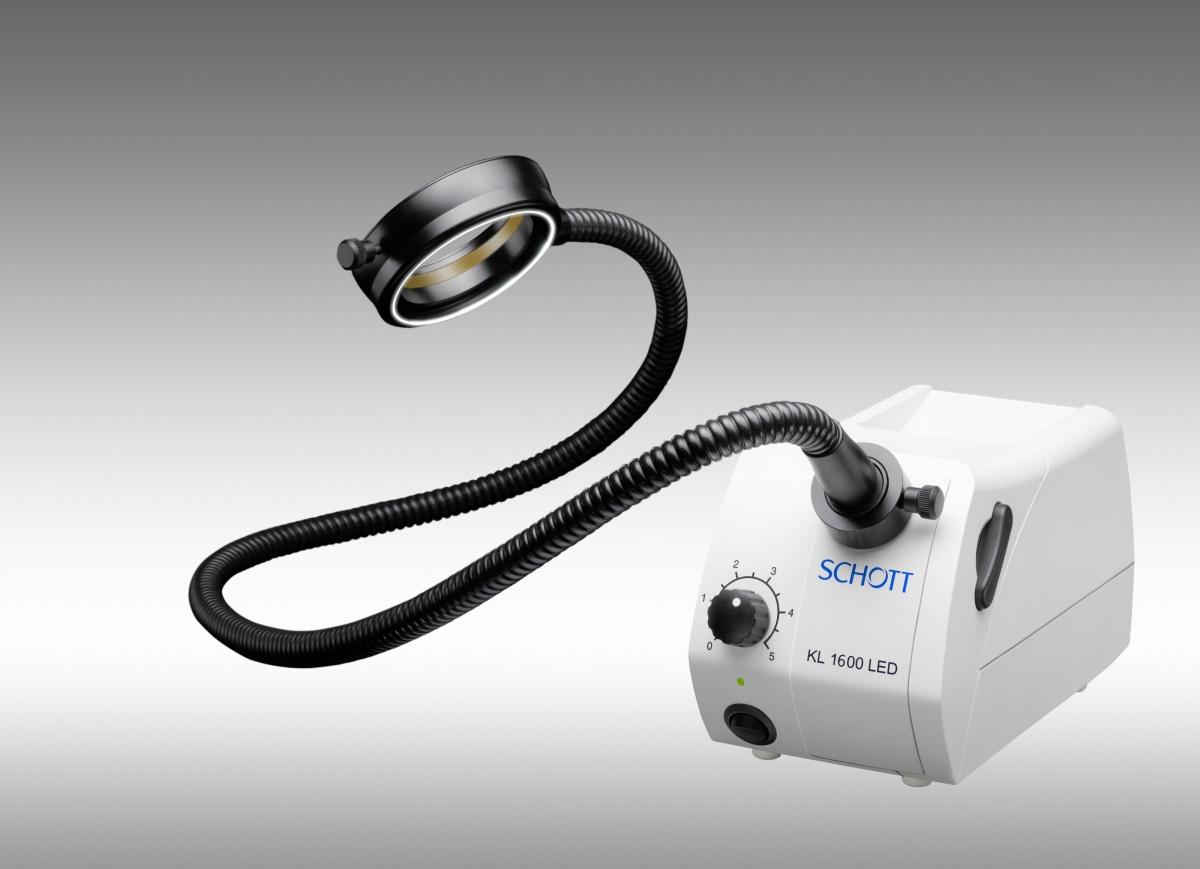 Source de lumière froide KL 1600 LED pour fibres optiques -2