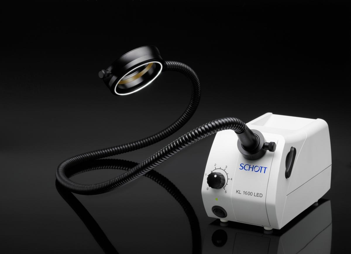 Source de lumière froide KL 1600 LED pour fibres optiques -3