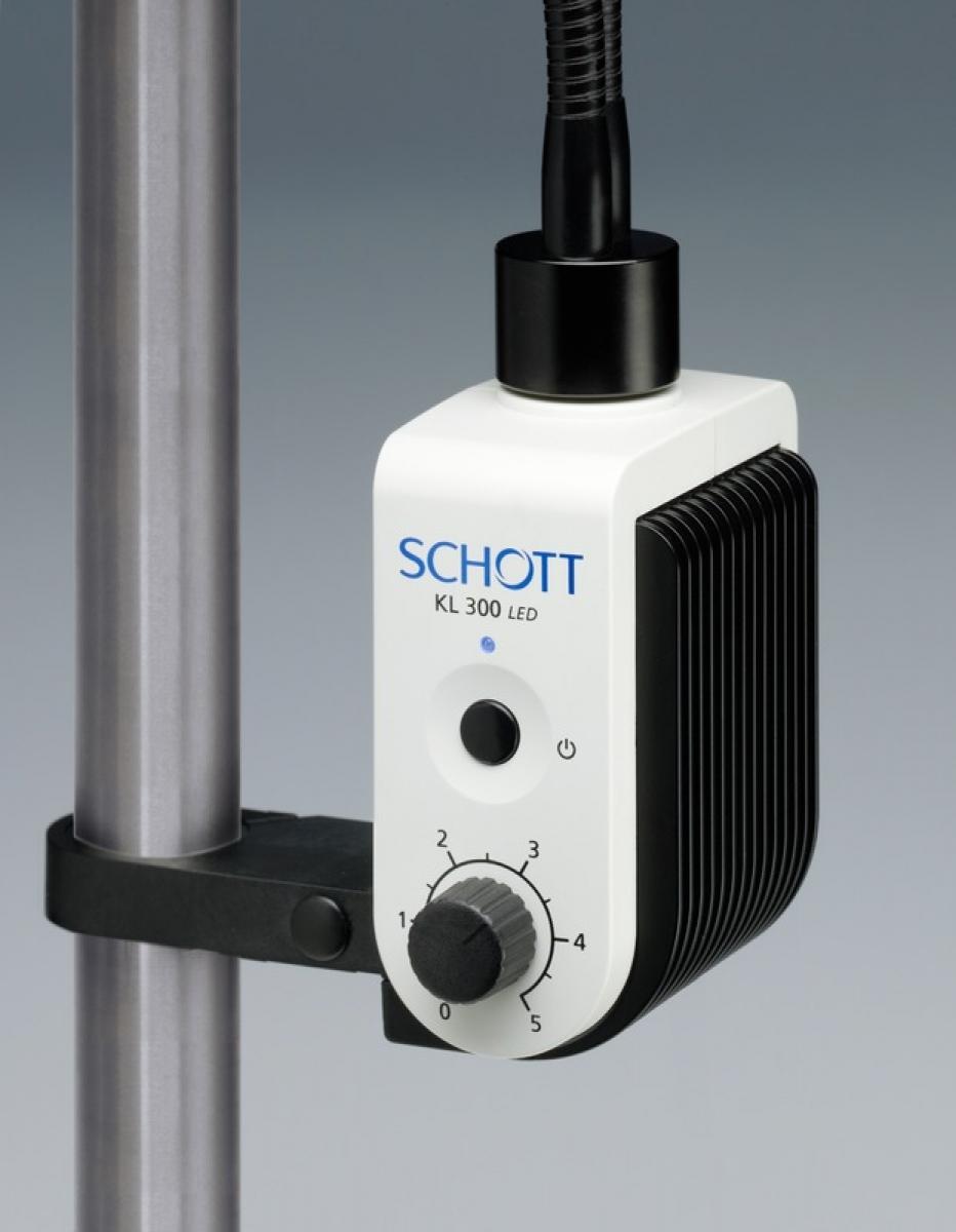 Source de lumière froide KL 300 LED pour fibres optiques -2